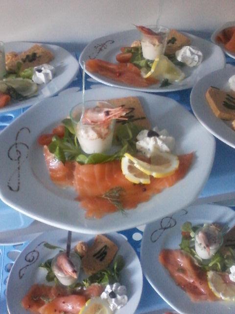 plat-entrée-saumon-le bistrot gourmand-fegreac-restaurant-traiteur